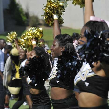 Alabama State University Hornets cheerleaders at their game