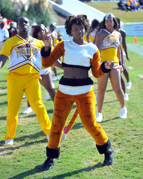 Tuskegee University Cheerleaders Cheerleaders and Mascot