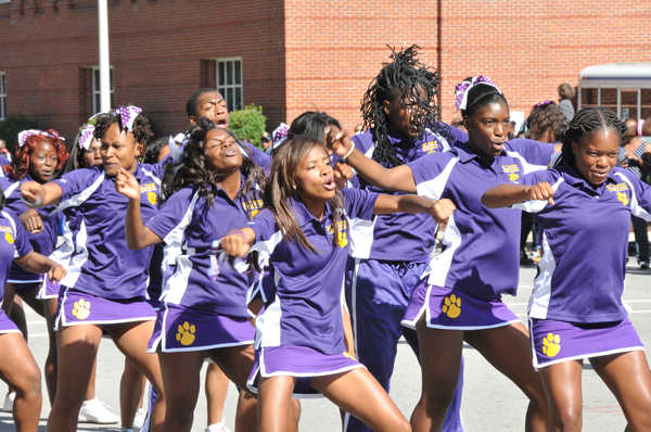 Benedict College cheerleaders at homecoming