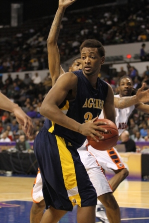 North Carolina A&T vs Morgan State at the MEAC 20...