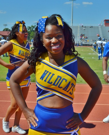 Fort Valley State University Wildcasts cheerleader