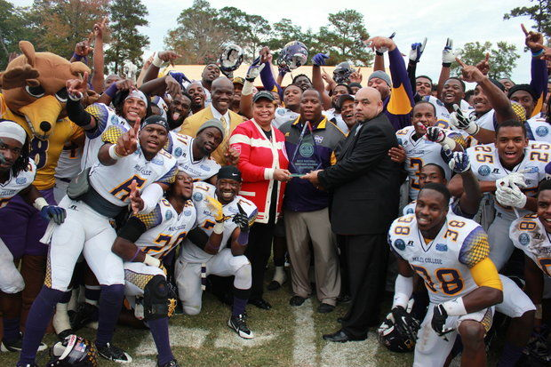 Miles Golden Bears upset Tuskegee to advance to S...