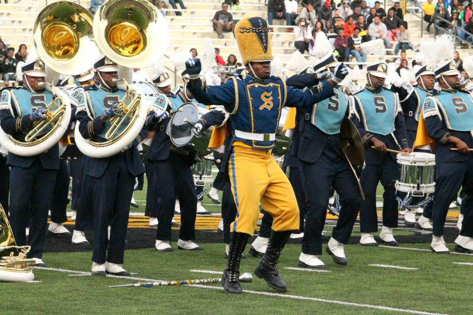 Southern University marching Jukebox performs at ...