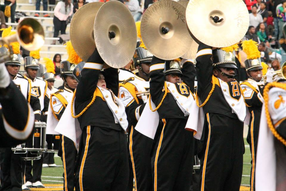 Alabama State Hornets marching band performs at h...