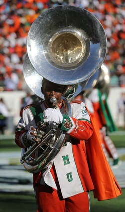 FAMU marching 100 performs at halftime