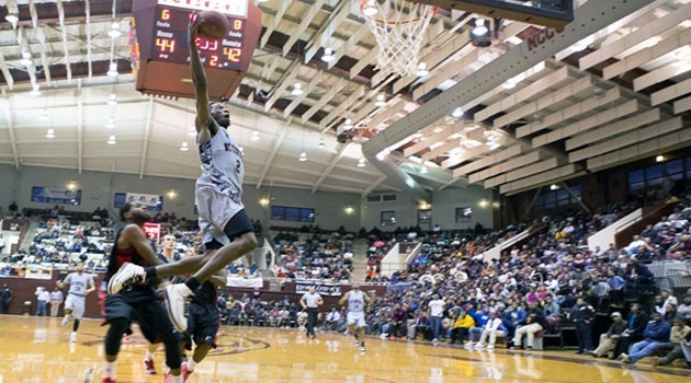 North Carolina Central sting Delaware State to ea...