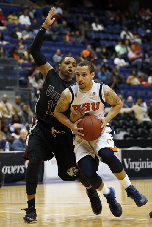 Virginia State Trojans top Virginia Union Panther...