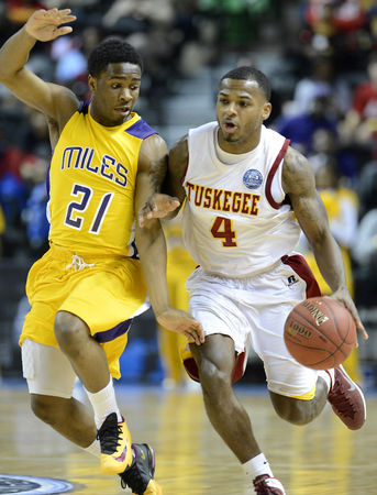 Tuskegee drives against the pressure of Miles Col...
