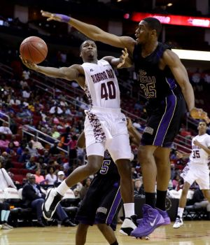 Alabama A&M's goes up to shoot as Prairie Vi...