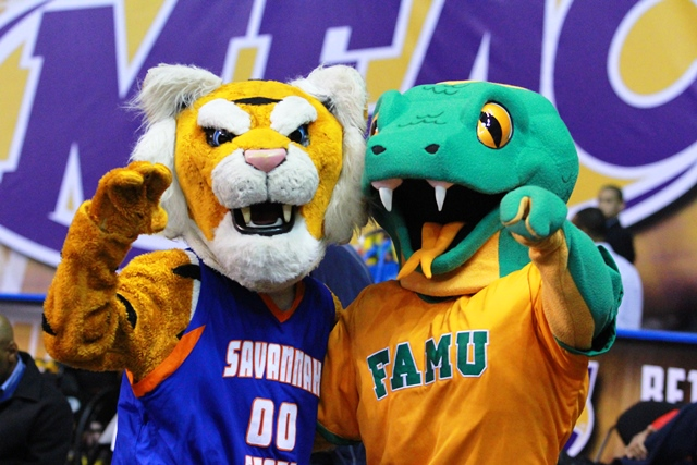 SSU Tiger and FAMU Rattler mascot take time to sa...