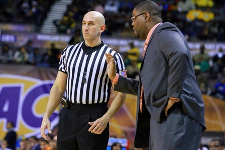 Norfolk State Coach Robert Jones disagrees with r...