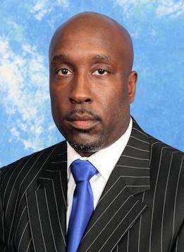 Shawn Walker resigns as coach at Elizabeth City S...