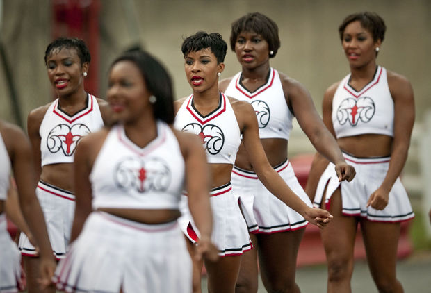 Winston-Salem State University Rams cheerleaders ...