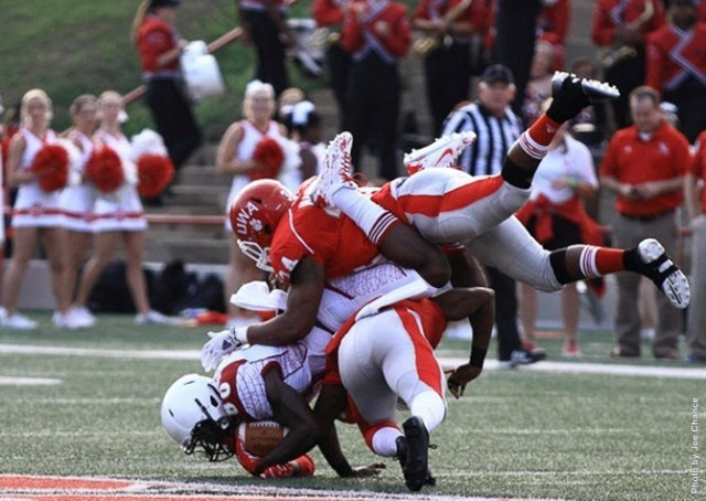 Shaw Bears get dragged down by West Alabama Tiger...