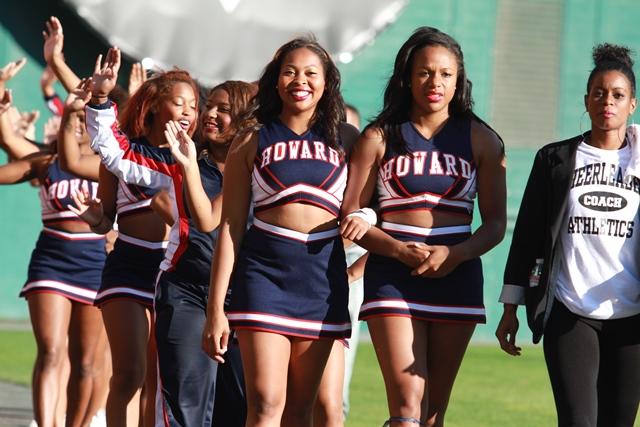Howard University cheerleaders welcome Morehouse