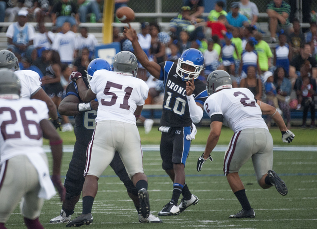 Virginia Union Panthers win big on the road at Fa...