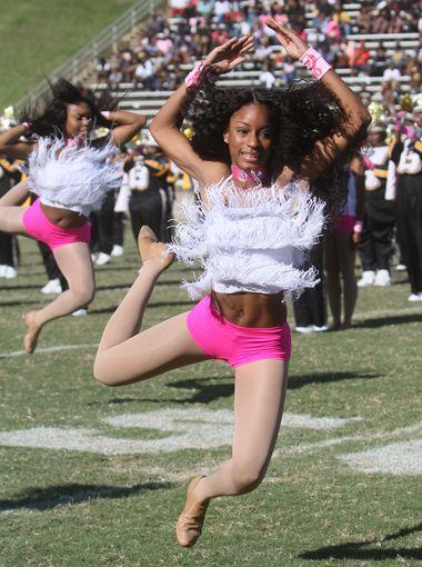 University Arkansas-Pine Bluff dancers and marchi...