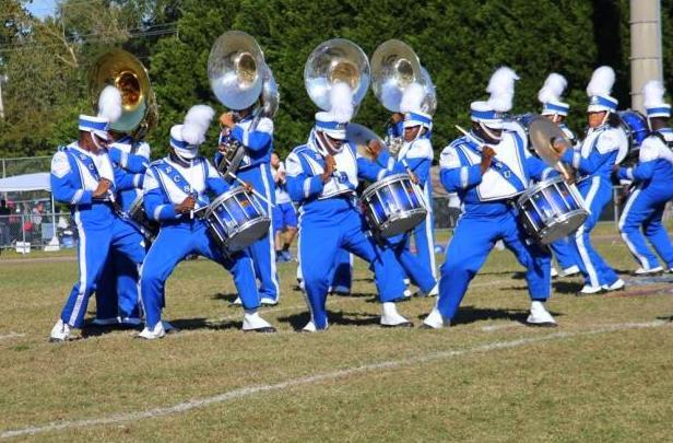 Elizabeth City State drumline performs at halftim...