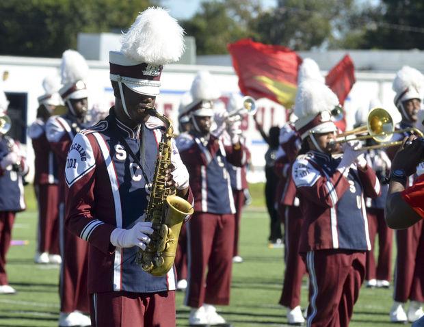 South Carolina State marching 101 perform at half...