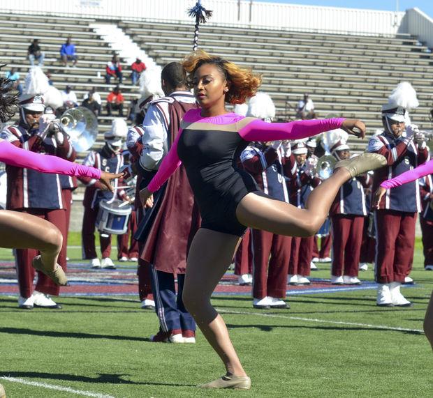 South Carolina State Champagne dancers perform at...