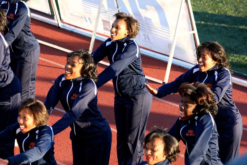 Virginia State University Cheerleaders at the CIA...