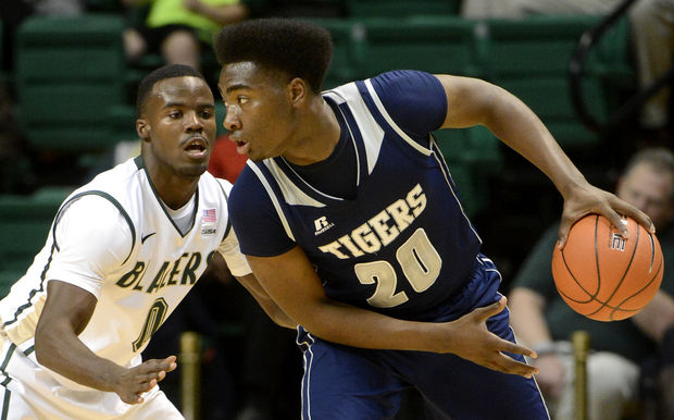 Jackson State looks to drive pass University of A...