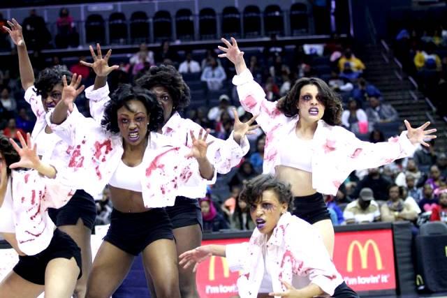 Virginia State University Woo Woo cheerleaders at...