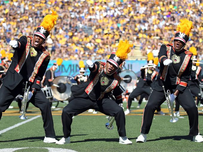 Grambling State Marching Band puts on an amazing ...