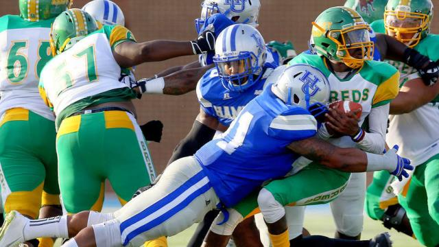 Hampton Pirates handle Kentucky State in home ope...