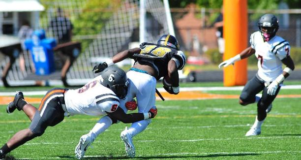 West Virginia State Yellow Jackets cruise over We...