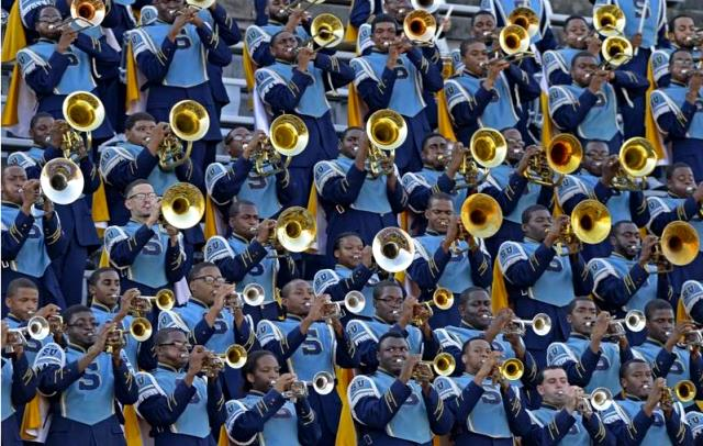Southern's marching band Human Jukebox perfo...
