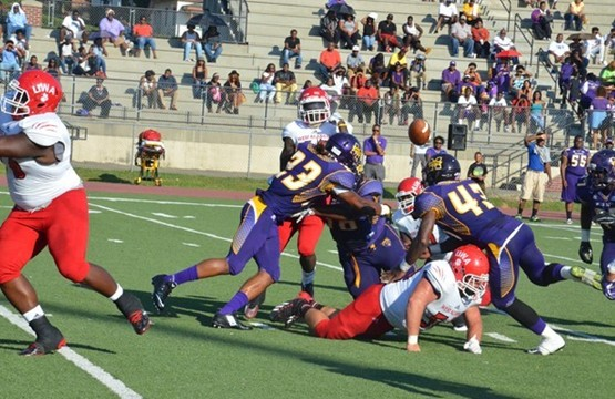 Miles Golden Bears suffer tough loss at home agai...