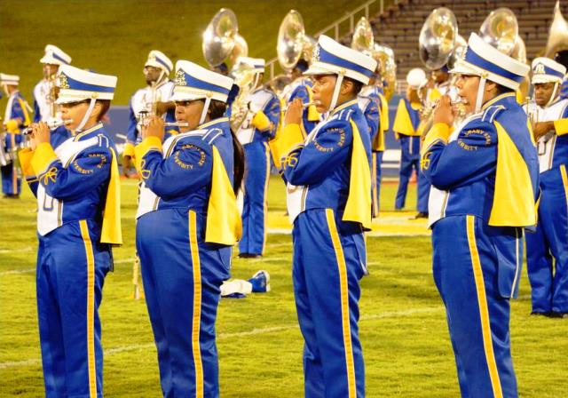 Albany State marching Rams band performs at halft...