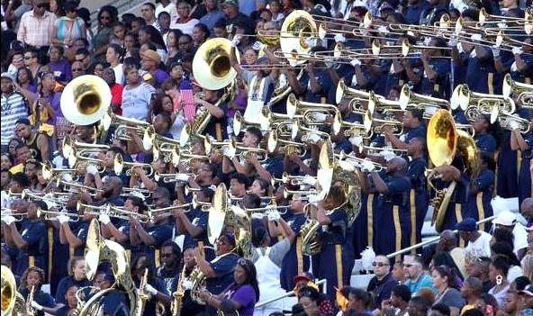 Prairie View A&M band perform from the stands