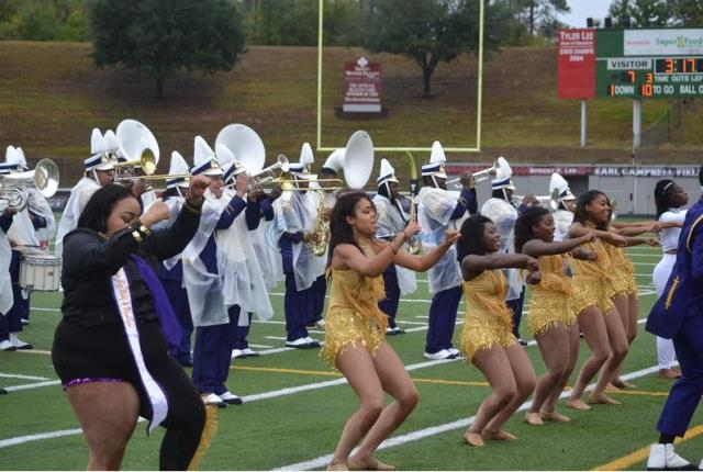 Texas College marching band takes the field at ho...