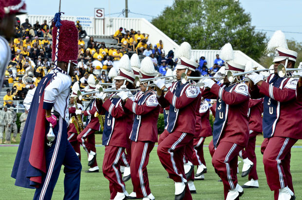 South Carolina State marching 101 performs at hal...