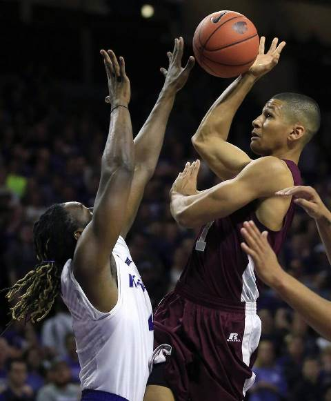 Maryland Eastern Shore drives to the basket again...