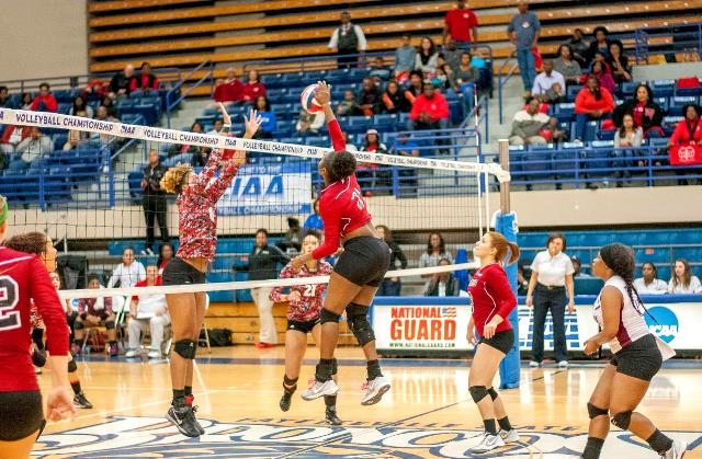 Winston-Salem State takes down Shaw Lady Bears in...