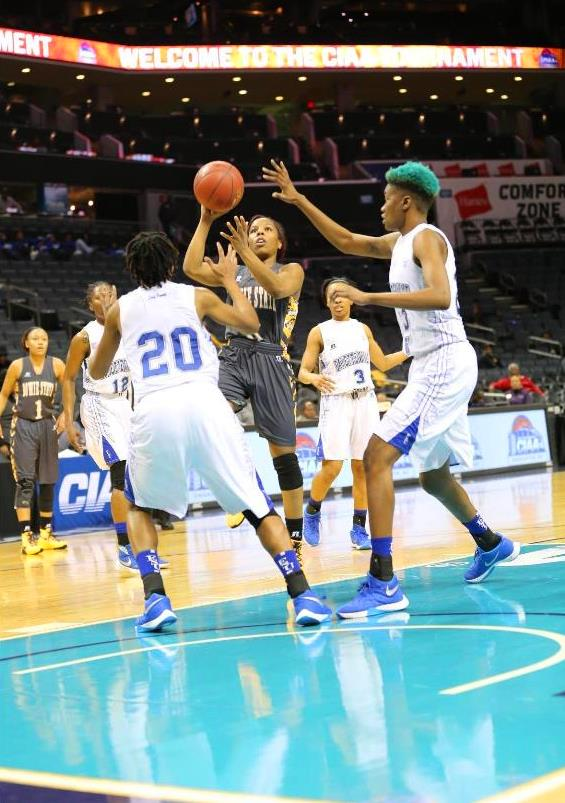 Bowie State Lady Bulldogs pull away from Fayettev...