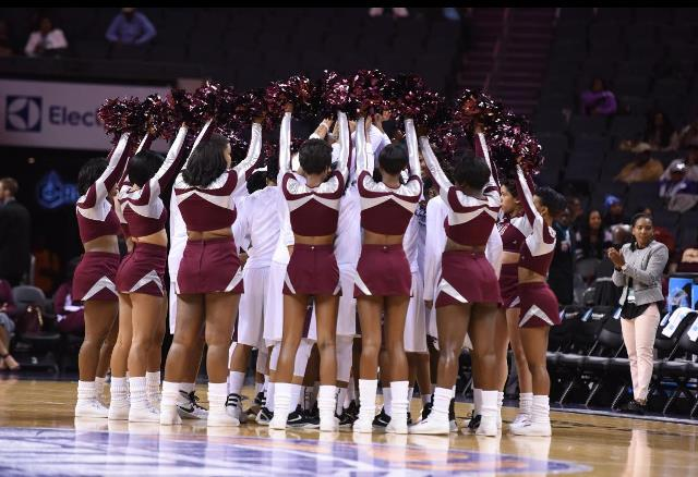 Virginia Union University cheerleaders