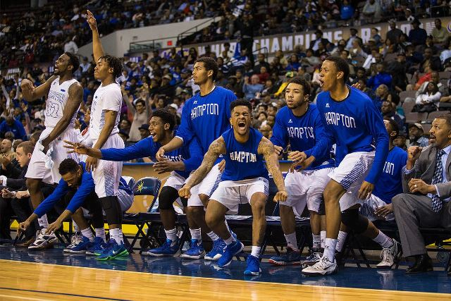 Hampton basketball team reacts to the game agains...